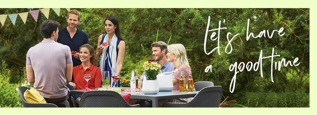 SUMMER SUN GARDEN PARTIES Everything for the perfect summer party