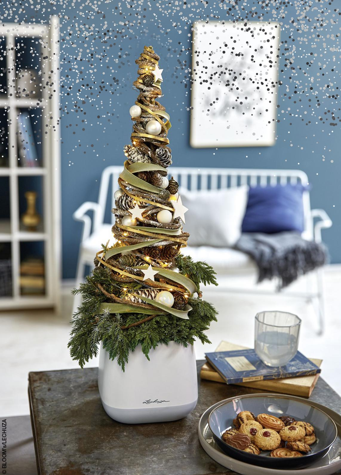 LECHUZA YULA Pflanzgefäß mit Weihnachtsgesteck