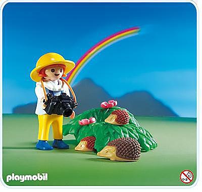 http://media.playmobil.com/i/playmobil/3008-A_product_detail/Igelfamilie