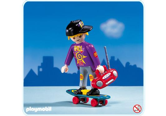 http://media.playmobil.com/i/playmobil/3011-A_product_detail/Ado/Planche à roulettes