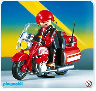 http://media.playmobil.com/i/playmobil/3062-A_product_detail/Motard/ Moto de route