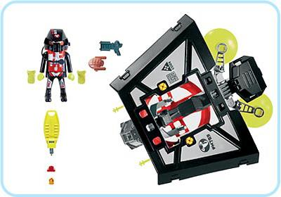 http://media.playmobil.com/i/playmobil/3093-A_product_box_back/Dark Glider