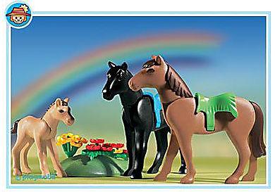 3114-B_product_detail/2 Pferde mit Fohlen