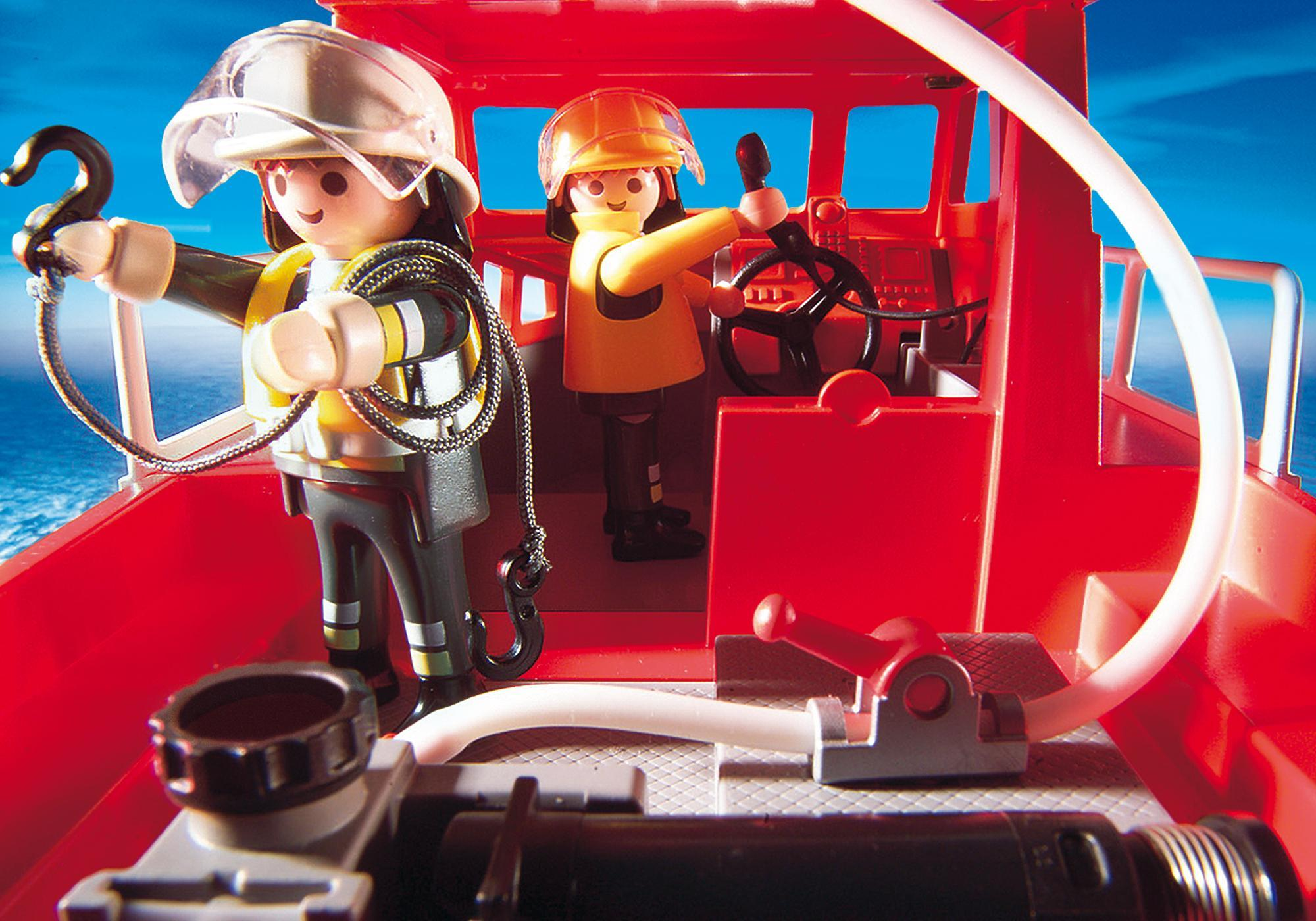 http://media.playmobil.com/i/playmobil/3128_product_extra5
