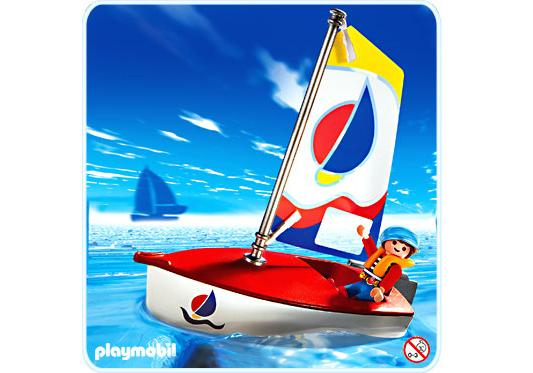 http://media.playmobil.com/i/playmobil/3188-A_product_detail/Enfant/dériveur
