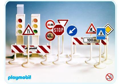 http://media.playmobil.com/i/playmobil/3204-B_product_detail/Panneaux de circulation