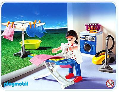 http://media.playmobil.com/i/playmobil/3206-C_product_detail/Ménagère / buanderie