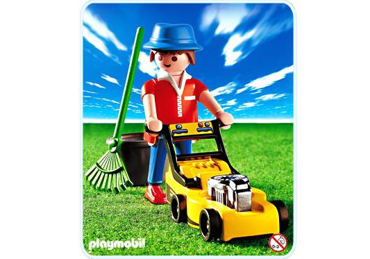 http://media.playmobil.com/i/playmobil/3233-B_product_detail/Jardinier/tondeuse