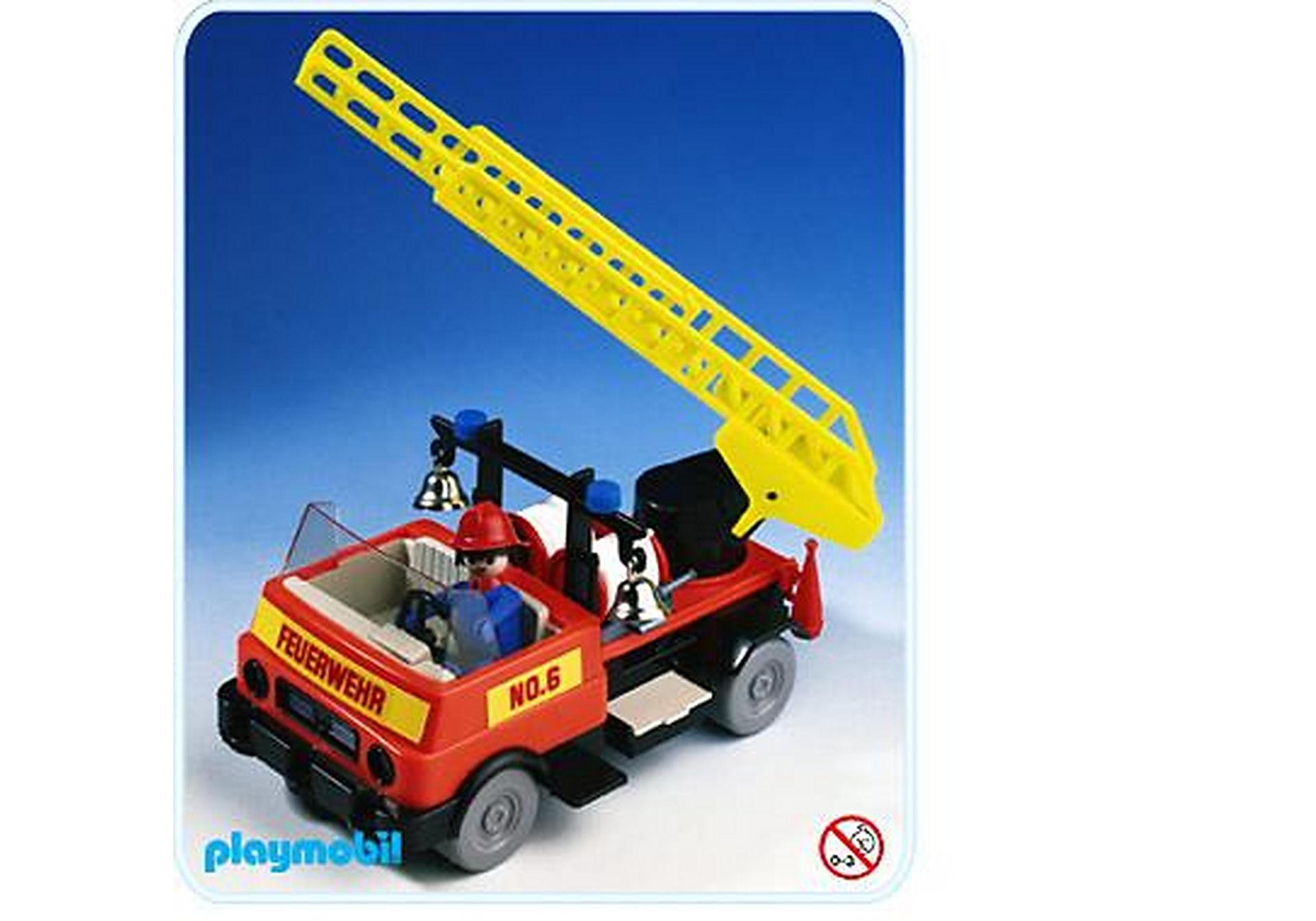 3236-B Feuerwehrauto zoom image1