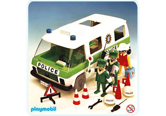 http://media.playmobil.com/i/playmobil/3253-A_product_detail/Police - Einsatzwagen