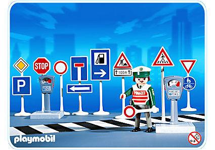 3259-B Verkehrsschilder mit Polizist detail image 1