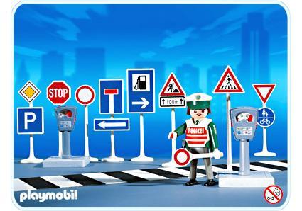 http://media.playmobil.com/i/playmobil/3259-B_product_detail/Verkehrsschilder mit Polizist