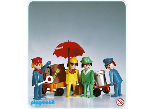 http://media.playmobil.com/i/playmobil/3271-A_product_detail/Travaller - Set