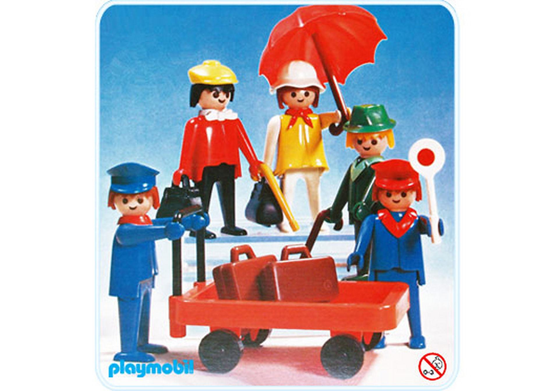 http://media.playmobil.com/i/playmobil/3271-B_product_detail/Set Voyageurs