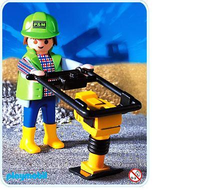 http://media.playmobil.com/i/playmobil/3271-C_product_detail