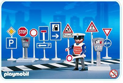 http://media.playmobil.com/i/playmobil/3273-A_product_detail