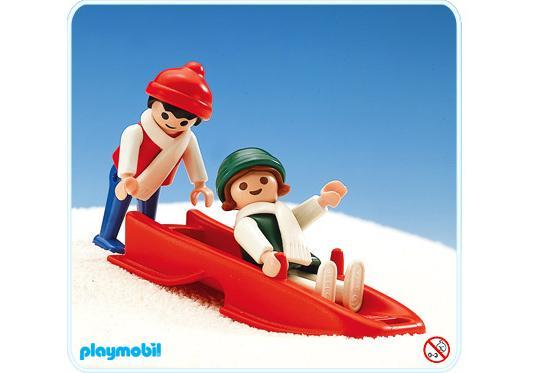 http://media.playmobil.com/i/playmobil/3327-A_product_detail/2 enfants et bobsleigh