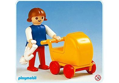 3357-A Kind/Puppenwagen