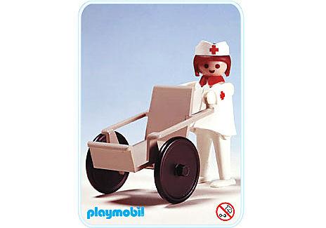 3362-A Krankenschwester/Rollstuhl detail image 1