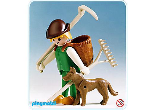 http://media.playmobil.com/i/playmobil/3373-A_product_detail/Bauer/Buckelkorb