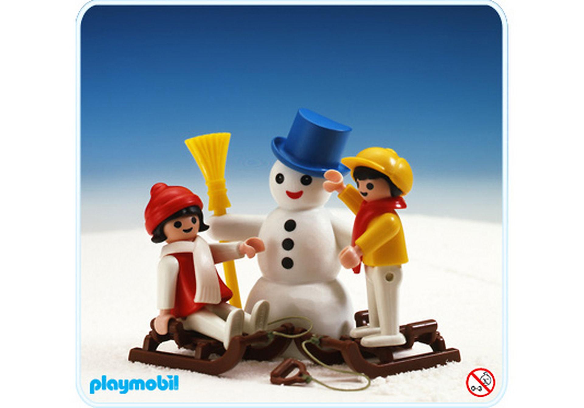3393-A 2 enfants et bonhomme de neige zoom image1