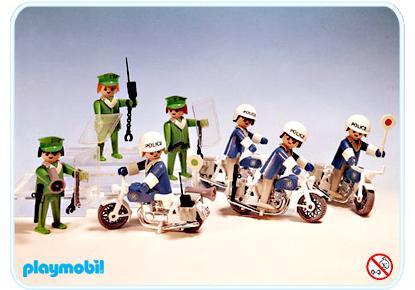http://media.playmobil.com/i/playmobil/3401-A_product_detail/Super Set policiers