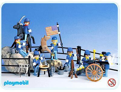 http://media.playmobil.com/i/playmobil/3408-A_product_detail/Super Set Cavalerie américaine