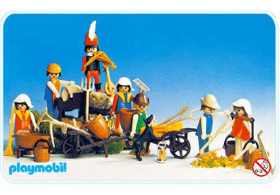 http://media.playmobil.com/i/playmobil/3411-A_product_detail/Super Set Paysans