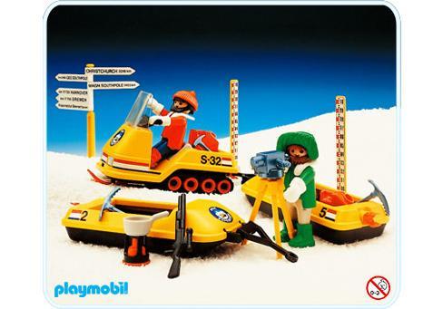http://media.playmobil.com/i/playmobil/3464-A_product_detail/Arktisforscher/Scooter