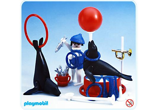 http://media.playmobil.com/i/playmobil/3518-A_product_detail/Dompteur et otaries