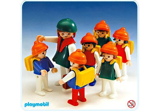 http://media.playmobil.com/i/playmobil/3560-A_product_detail/Classe d`écoliers