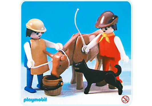 http://media.playmobil.com/i/playmobil/3577-A_product_detail/Paysan et bouf
