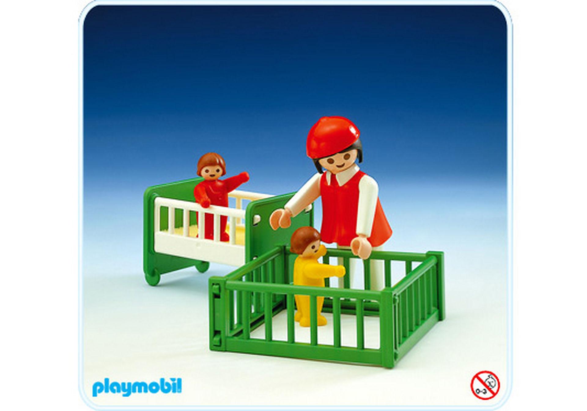 3593-A maman / 2 bébés / parc / lit zoom image1