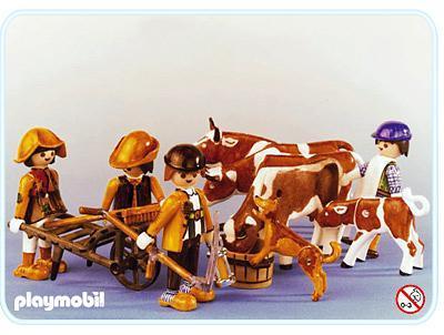 http://media.playmobil.com/i/playmobil/3612-A_product_detail/Paysans