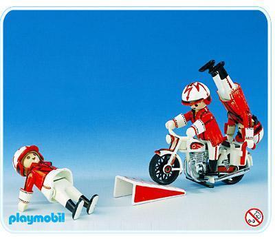 http://media.playmobil.com/i/playmobil/3641-A_product_detail/Motorradartisten