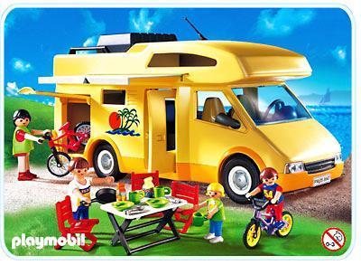 http://media.playmobil.com/i/playmobil/3647-A_product_detail/Family-Wohnmobil