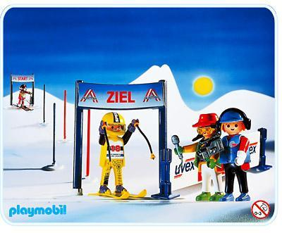 http://media.playmobil.com/i/playmobil/3717-A_product_detail/Slalomeurs / Caméraman