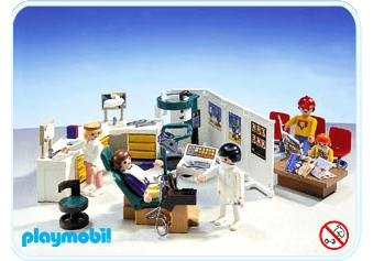 http://media.playmobil.com/i/playmobil/3762-A_product_detail/Cabinet dentaire