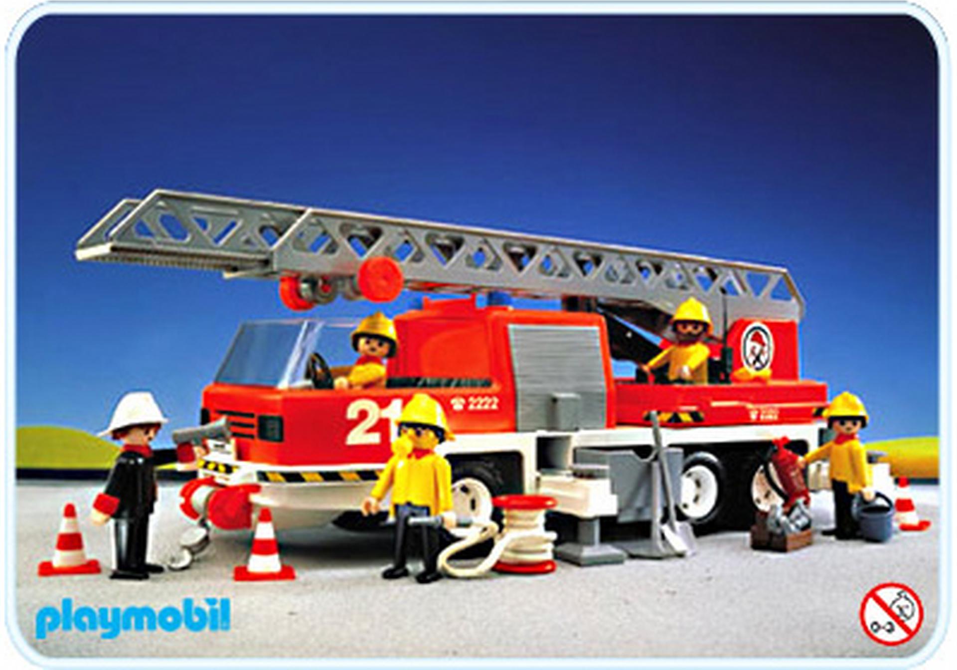 Feuerwehr leiterfahrzeug 3781 a playmobil deutschland for Jugendzimmer playmobil