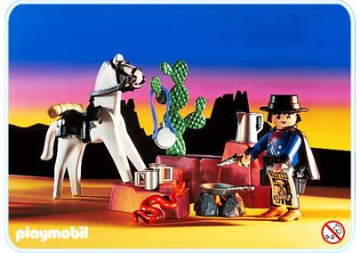 http://media.playmobil.com/i/playmobil/3798-A_product_detail/Chasseur de prime