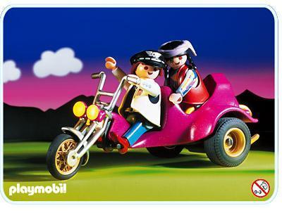 http://media.playmobil.com/i/playmobil/3832-A_product_detail/Motard / Trike