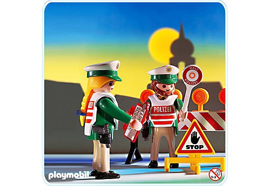 http://media.playmobil.com/i/playmobil/3905-A_product_detail/Verkehrskontrolle