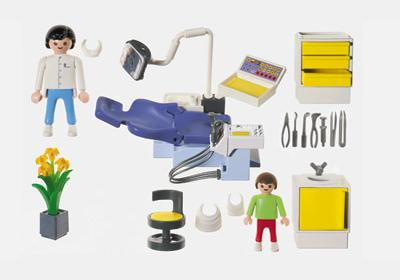 http://media.playmobil.com/i/playmobil/3927-A_product_box_back/Dentiste / Cabinet dentaire