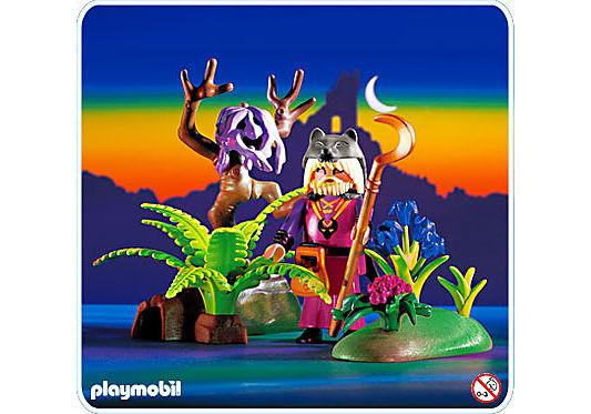 http://media.playmobil.com/i/playmobil/3944-A_product_detail/Druide