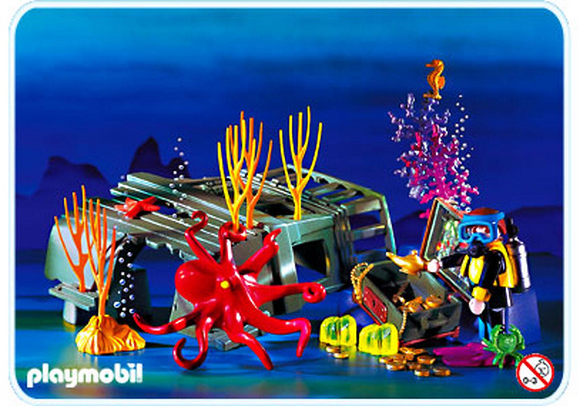 3951-A Plongeur / pieuvre / épave zoom image1