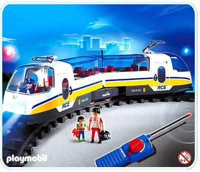 http://media.playmobil.com/i/playmobil/4011-A_product_detail/Voyageurs / train radiocommandé