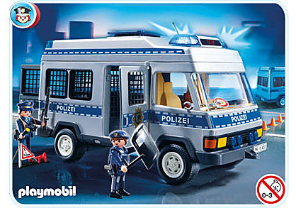 http://media.playmobil.com/i/playmobil/4022-A_product_detail/Mannschaftswagen