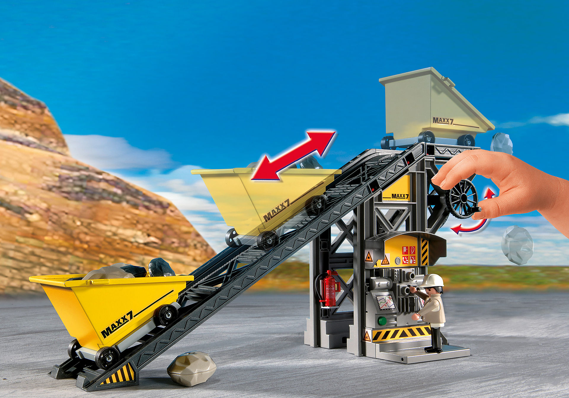 4041 Conveyor Belt with Mini Excavator zoom image4