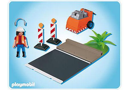 4044-A Ouvrier avec scie à bitume detail image 2