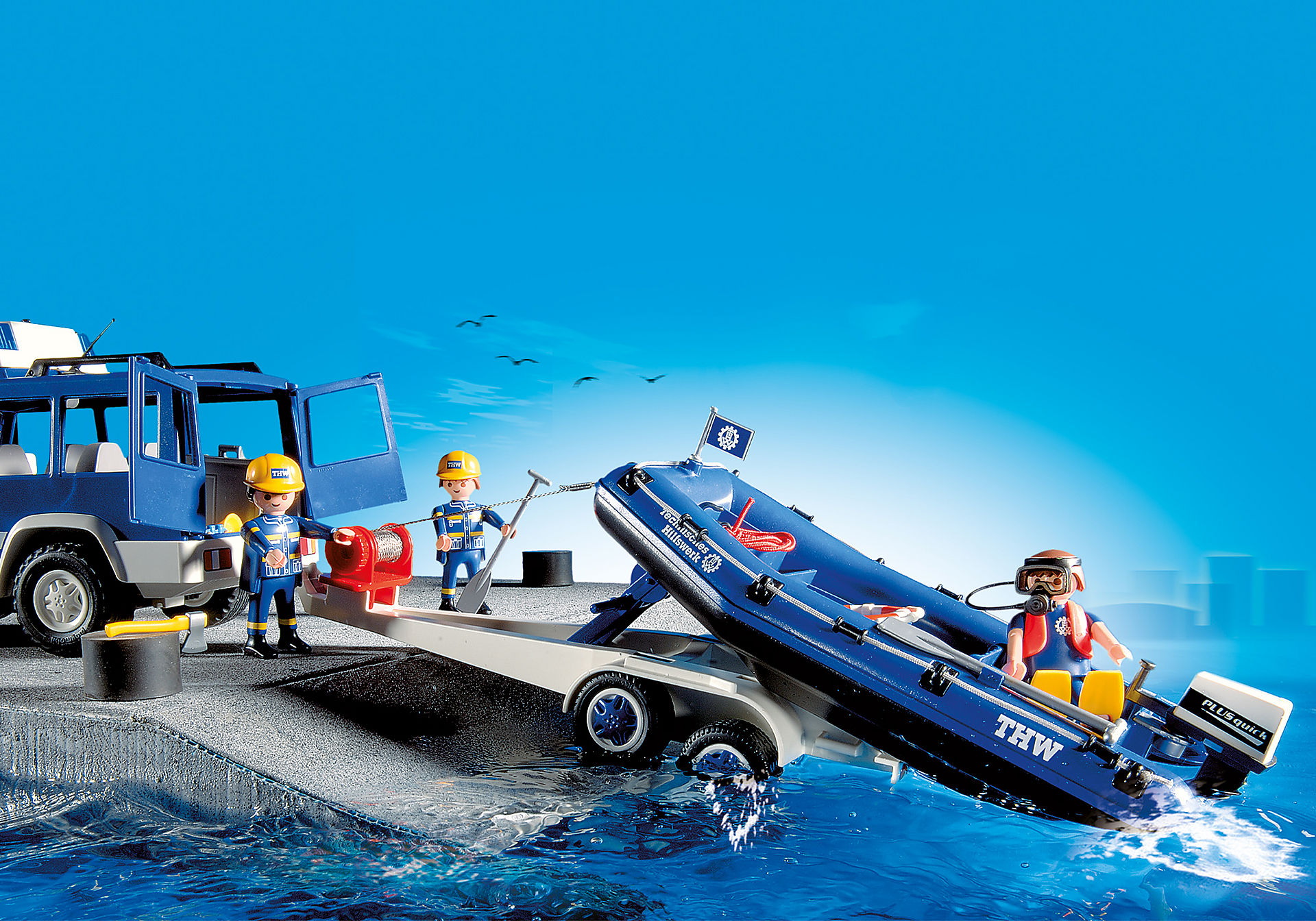 4087 Secouristes avec voiture et bateau  zoom image4